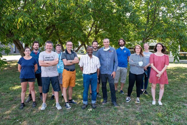 Photo de groupe de l'équipe d'Hervé COCHARD, Prix du défi scientifique des Laurier 2020. Clermont-Ferrand, 17 septembre 2020.
