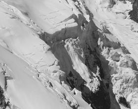 Évolution des séracs du glacier de Taconnaz entre le 9 et le 13 août 2010
